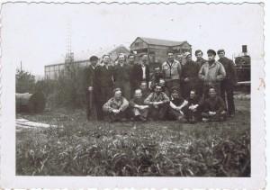 Prisonniers Allemands avec leur gardien
